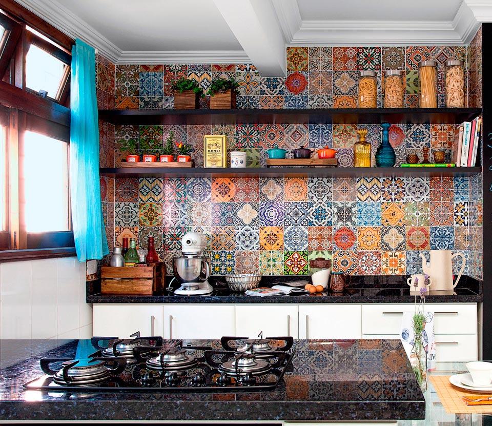 Azulejos Decorados para sua Cozinha  Dicas Decoração Casa # Adesivo Para Azulejo De Cozinha Pode Molhar